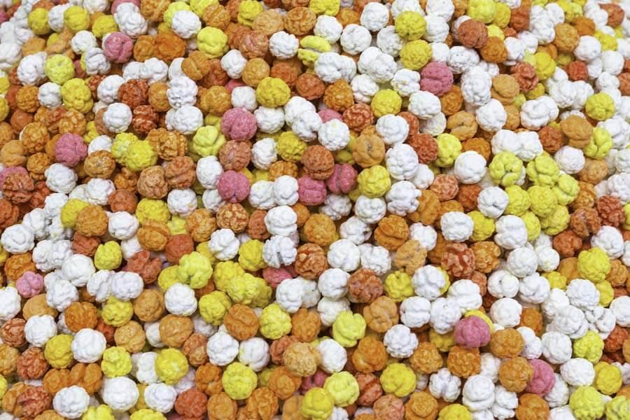 Στραγάλια με ζαχαρωμένη επικάλυψη διαφόρων γεύσεων